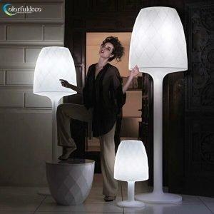Illuminated floor lamp