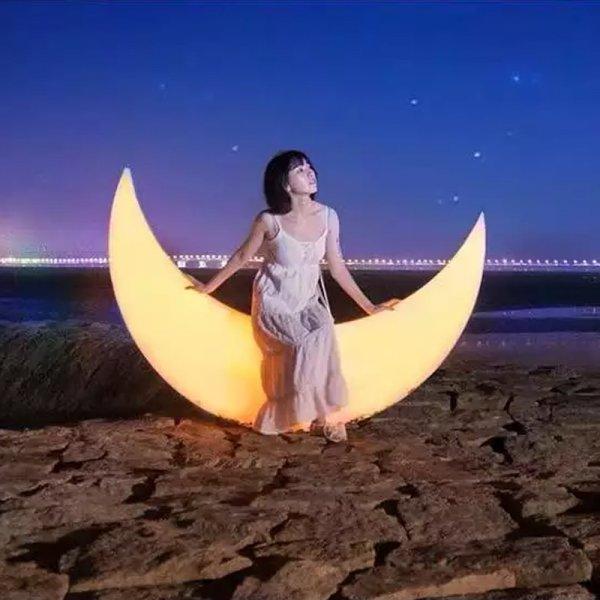 Popular different customized size shape polythelene moon shape led swing for anywhere