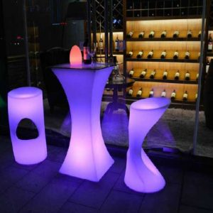 Led cocktail table and stool set